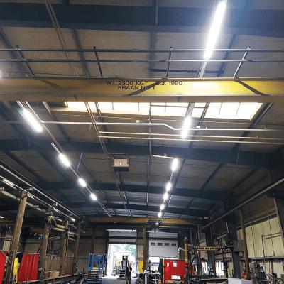 Project HR Groep Emmen Productiehal met Lichtlijn Systeem QueLED