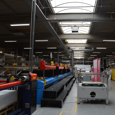 Faber Exposize - Polaroid led buizen in productiehal