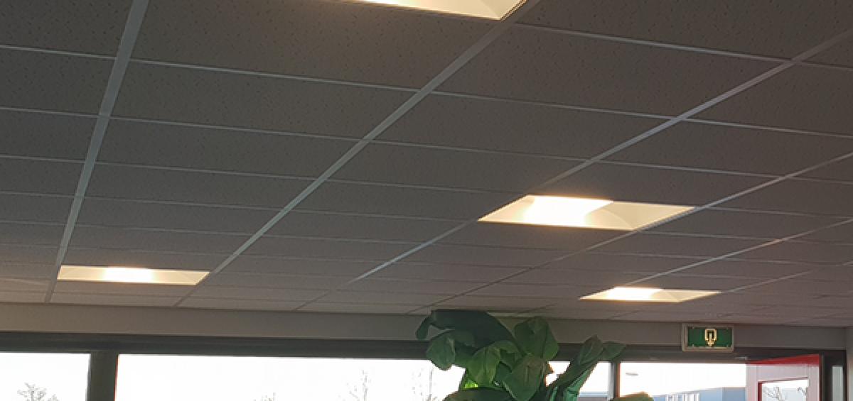 led-kantoorverlichting-troffer-paneel